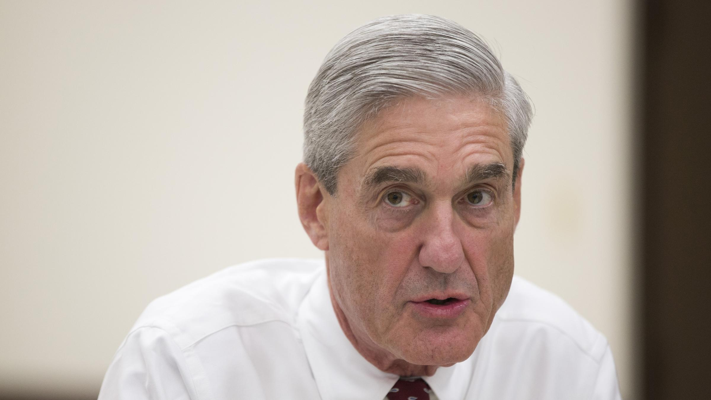 Robert Mueller hires 13 lawyers to handle Russia investigation